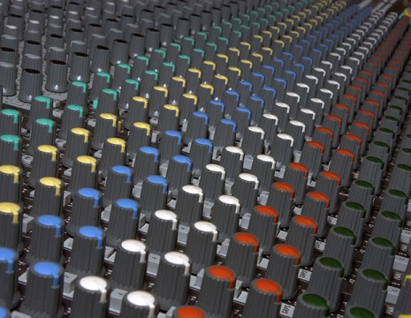 knobs on a mixing console